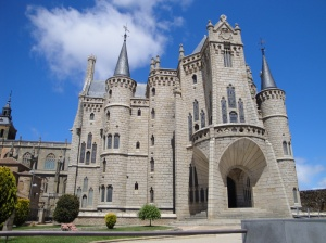 Another impressive example of Gaudi's work, the Bishop's Palace in Astorga.