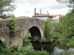 Ponte Velha Furelos medieval bridge.